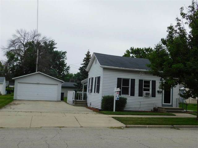 384 Portage Street, Fond Du Lac, WI 54935 (#50244736) :: Dallaire Realty
