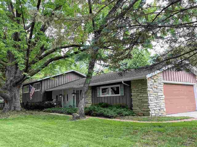 1330 E Murdock Avenue, Oshkosh, WI 54901 (#50244776) :: Ben Bartolazzi Real Estate Inc