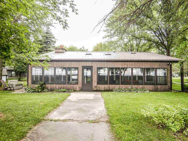 1904 Cottage Road, Little Suamico, WI 54141 (#50244781) :: Symes Realty, LLC