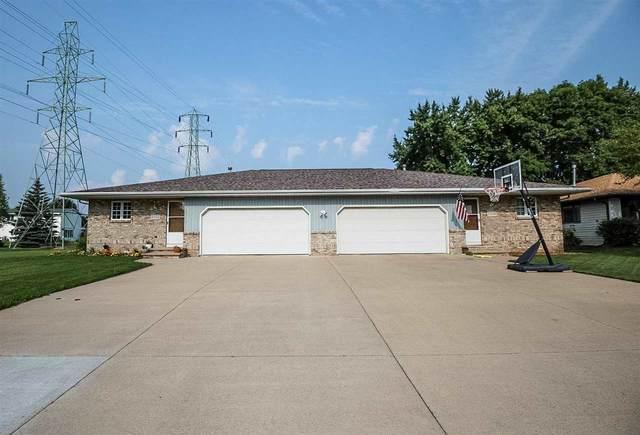2312 Meadow Green Drive, Neenah, WI 54956 (#50244792) :: Ben Bartolazzi Real Estate Inc