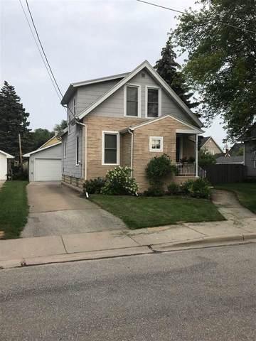 1402 N Clark Street, Appleton, WI 54911 (#50244814) :: Todd Wiese Homeselling System, Inc.