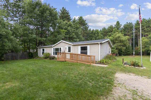E2656 Marion Lane, Waupaca, WI 54981 (#50244844) :: Todd Wiese Homeselling System, Inc.