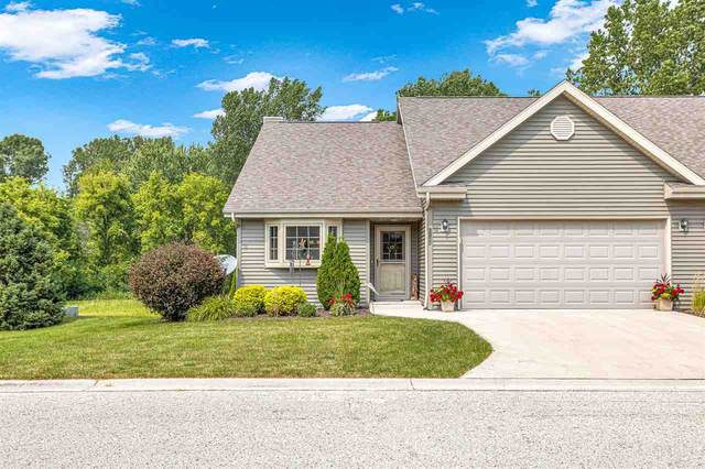 1184 Robins Nest Lane, New Holstein, WI 53061 (#50244848) :: Carolyn Stark Real Estate Team