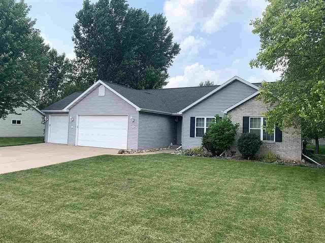 2226 Willow Hill Drive, Neenah, WI 54956 (#50244869) :: Carolyn Stark Real Estate Team