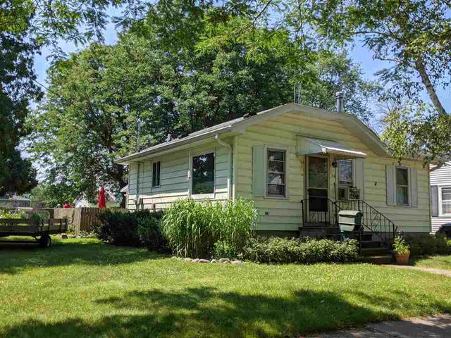 568 Grove Street, Fond Du Lac, WI 54935 (#50244885) :: Todd Wiese Homeselling System, Inc.