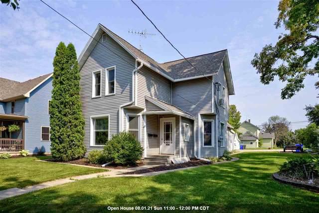 312 E 7TH Street, Kaukauna, WI 54130 (#50244908) :: Carolyn Stark Real Estate Team