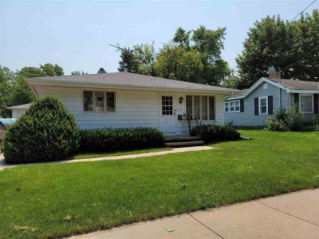 815 Hawes Avenue, Appleton, WI 54914 (#50244916) :: Todd Wiese Homeselling System, Inc.