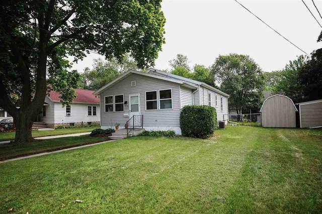 806 Elizabeth Street, Green Bay, WI 54302 (#50244922) :: Carolyn Stark Real Estate Team
