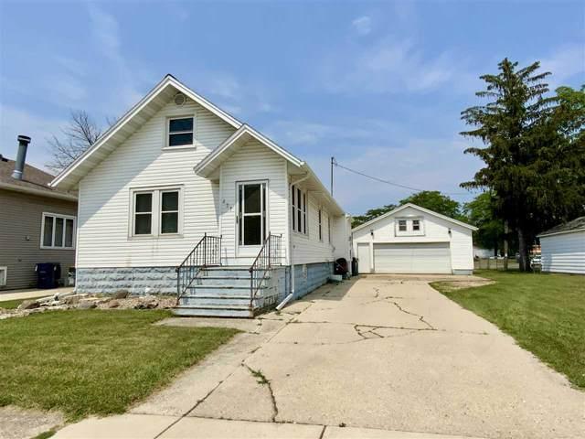 237 E Scott Street, Fond Du Lac, WI 54935 (#50244923) :: Todd Wiese Homeselling System, Inc.