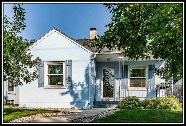 145 Mckinley Avenue, Clintonville, WI 54929 (#50244926) :: Todd Wiese Homeselling System, Inc.