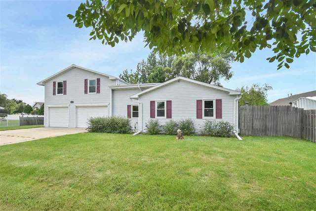 402 S Huron Road, Green Bay, WI 54311 (#50244941) :: Todd Wiese Homeselling System, Inc.