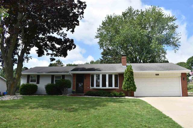 630 Ravenswood Drive, Green Bay, WI 54302 (#50244947) :: Todd Wiese Homeselling System, Inc.