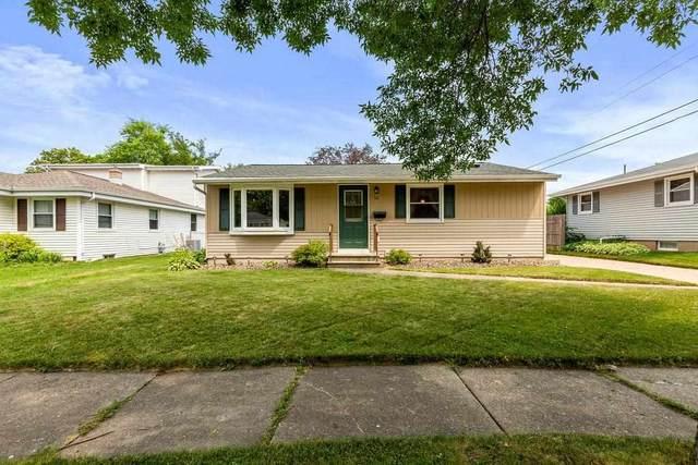 50 Fairway Court, Appleton, WI 54915 (#50244969) :: Todd Wiese Homeselling System, Inc.