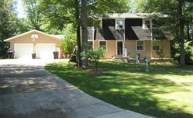 15 Cherry Court, Shawano, WI 54166 (#50244975) :: Symes Realty, LLC