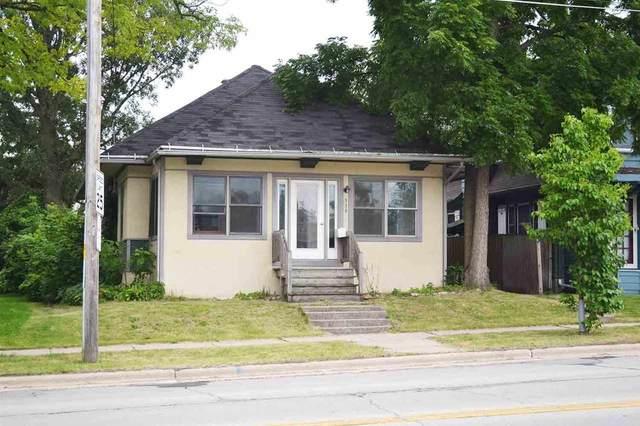 339 S Webster Avenue, Green Bay, WI 54301 (#50245000) :: Carolyn Stark Real Estate Team