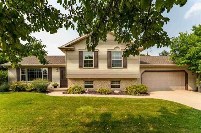 2350 Golden Avenue, Oshkosh, WI 54904 (#50245003) :: Todd Wiese Homeselling System, Inc.