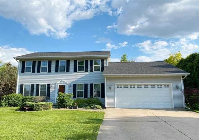 2751 Village Lane, Oshkosh, WI 54904 (#50245004) :: Todd Wiese Homeselling System, Inc.
