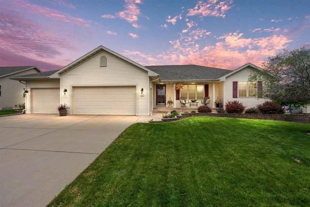 1411 Alpine Drive, Green Bay, WI 54311 (#50245009) :: Carolyn Stark Real Estate Team