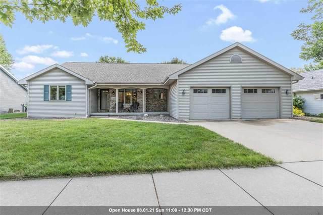 1325 E Keystone Lane, Appleton, WI 54913 (#50245011) :: Symes Realty, LLC