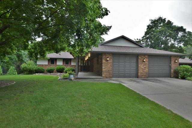 1231 Gerhardt Lane, Green Bay, WI 54313 (#50245032) :: Carolyn Stark Real Estate Team