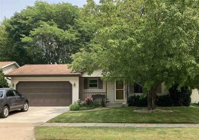 824 Hennessy Street, Oshkosh, WI 54904 (#50245036) :: Todd Wiese Homeselling System, Inc.