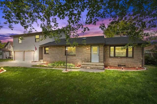 2646 Spencer Street, Appleton, WI 54914 (#50245041) :: Carolyn Stark Real Estate Team