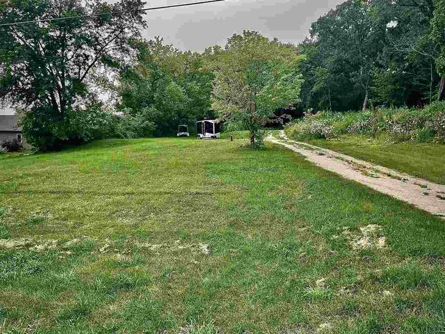 N8204 Hwy Qq, Malone, WI 53049 (#50245052) :: Todd Wiese Homeselling System, Inc.