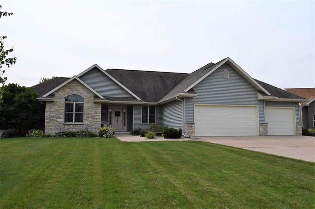 N6588 Carrington Drive, Fond Du Lac, WI 54937 (#50245066) :: Todd Wiese Homeselling System, Inc.