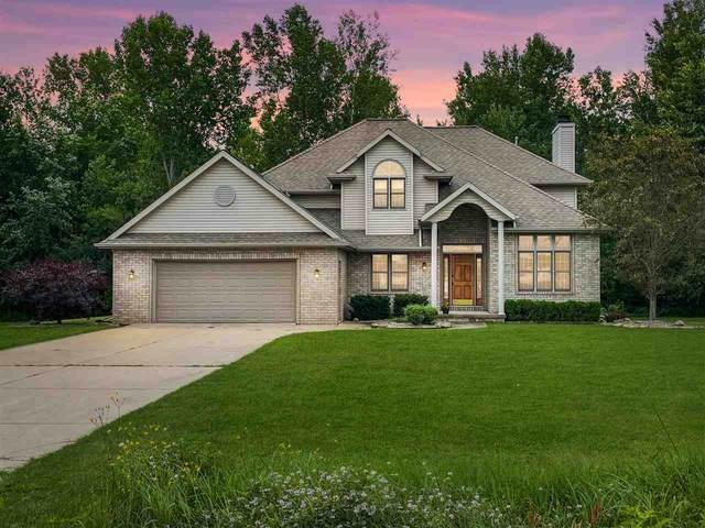 3757 Woodland Road, Green Bay, WI 54313 (#50245082) :: Symes Realty, LLC