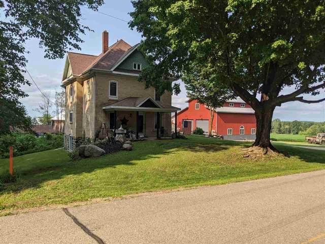 E7806 Island Road, Manawa, WI 54949 (#50245085) :: Carolyn Stark Real Estate Team