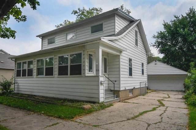 715 10TH Avenue, Green Bay, WI 54304 (#50245100) :: Ben Bartolazzi Real Estate Inc