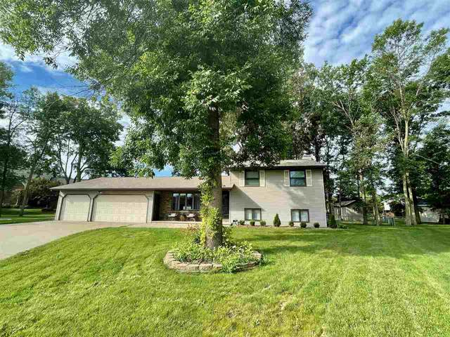 2482 Curtis Court, Green Bay, WI 54311 (#50245105) :: Todd Wiese Homeselling System, Inc.
