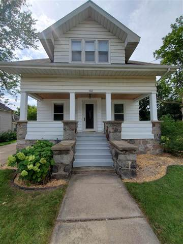 909 Rugby Street, Oshkosh, WI 54902 (#50245159) :: Town & Country Real Estate