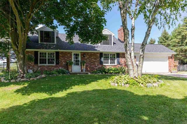 1110 S Grandview Road, Green Bay, WI 54311 (#50245173) :: Town & Country Real Estate