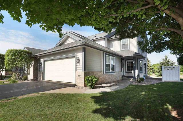 1294 Cameron Circle, Neenah, WI 54956 (#50245177) :: Carolyn Stark Real Estate Team