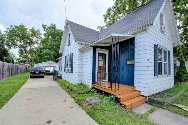 221 S Webster Avenue, Green Bay, WI 54301 (#50245248) :: Town & Country Real Estate