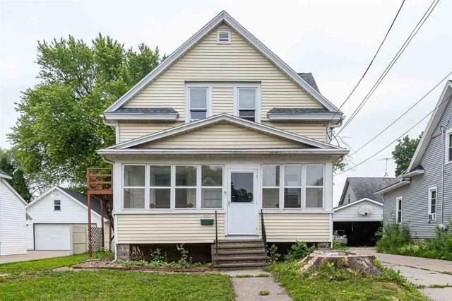 247 W 16TH Avenue, Oshkosh, WI 54902 (#50245264) :: Town & Country Real Estate