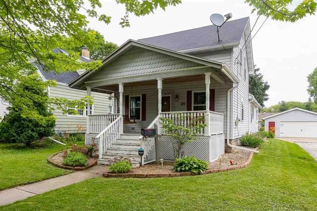 372 Nassau Street, Menasha, WI 59452 (#50245278) :: Carolyn Stark Real Estate Team