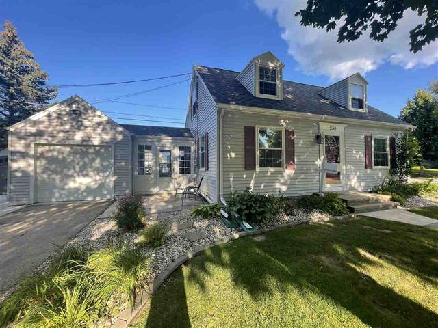 1230 S Lehmann Lane, Appleton, WI 54914 (#50245279) :: Town & Country Real Estate