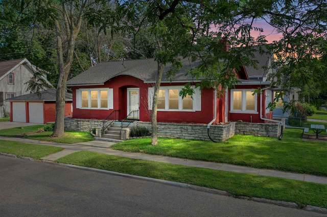 948 School Place, Green Bay, WI 54303 (#50245292) :: Town & Country Real Estate