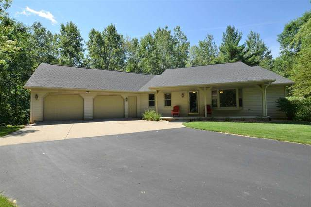 4580 Forest Road, Oneida, WI 54155 (#50245314) :: Dallaire Realty