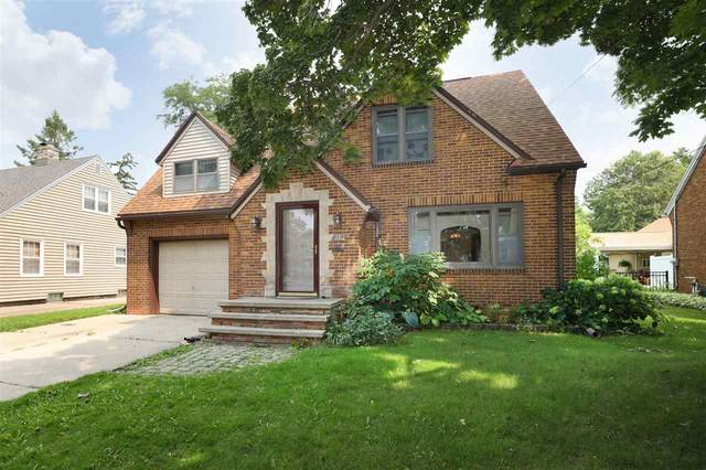 710 S Mueller Street, Appleton, WI 54914 (#50245323) :: Town & Country Real Estate