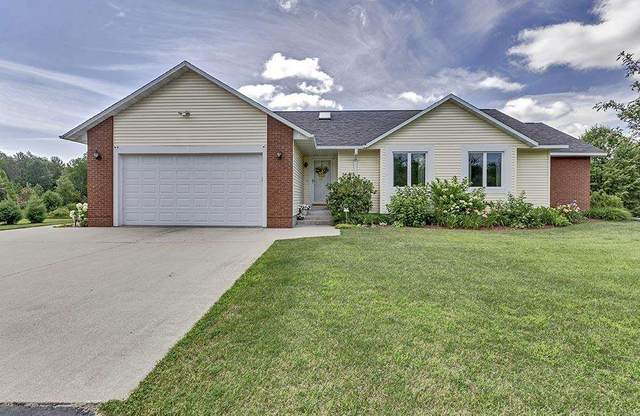 W5539 Evergreen Road, Menominee, MI 49858 (#50245334) :: Town & Country Real Estate