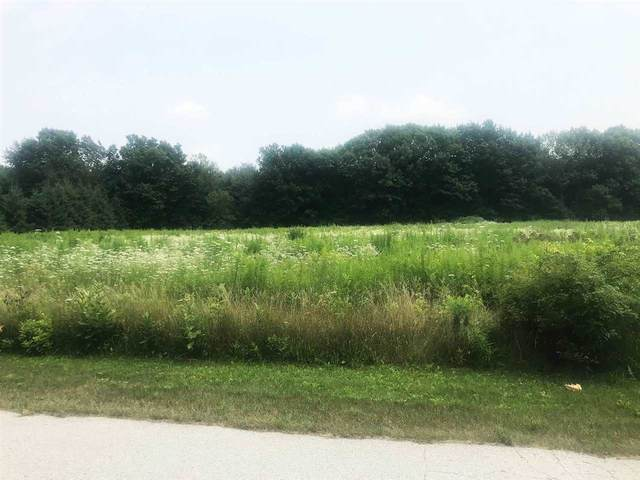 Rustic Oak Drive, Luxemburg, WI 54217 (#50245336) :: Todd Wiese Homeselling System, Inc.