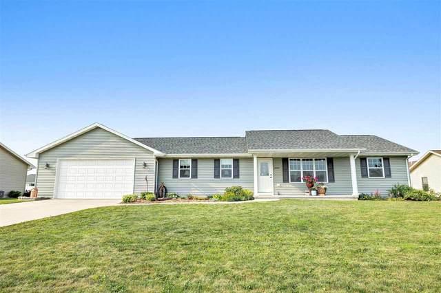 2094 Bufflehead Lane, Green Bay, WI 54311 (#50245421) :: Todd Wiese Homeselling System, Inc.