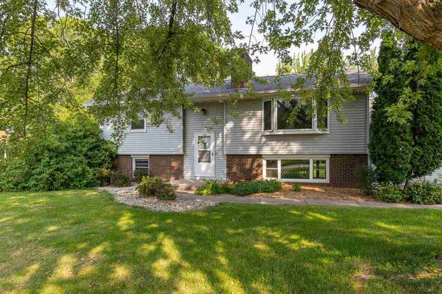 W4858 Spring Hill Drive, Sherwood, WI 54169 (#50245496) :: Symes Realty, LLC