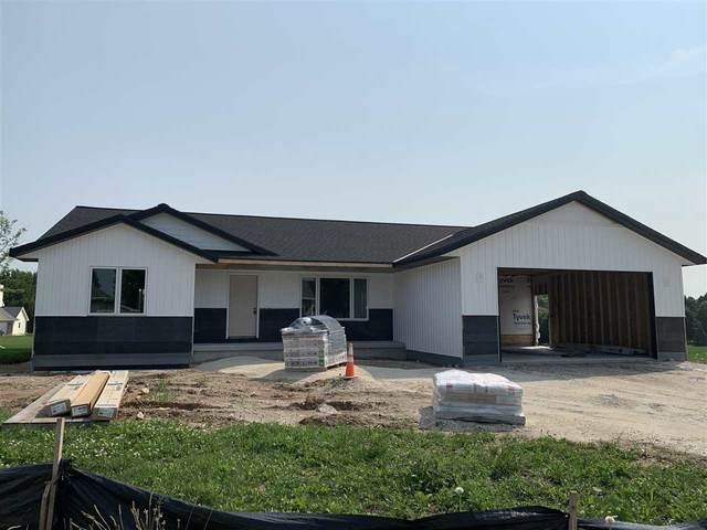 5025 Roneta Lane, Manitowoc, WI 54220 (#50245785) :: Town & Country Real Estate