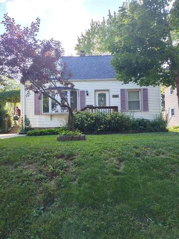 2431 S 66TH Street, West Allis, WI 53219 (#50246168) :: Todd Wiese Homeselling System, Inc.