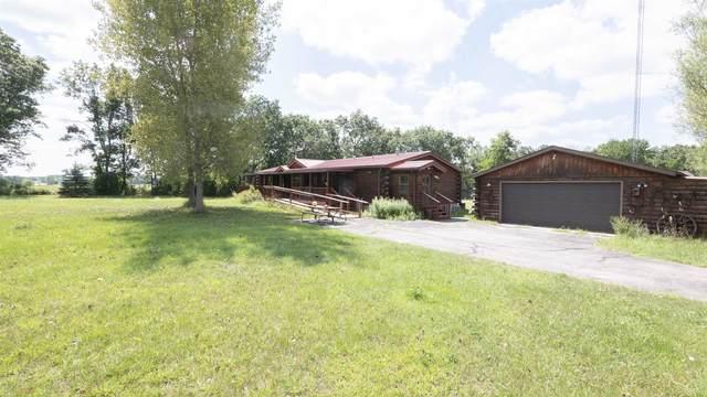 W2825 Oak Drive, Montello, WI 53949 (#50246222) :: Town & Country Real Estate