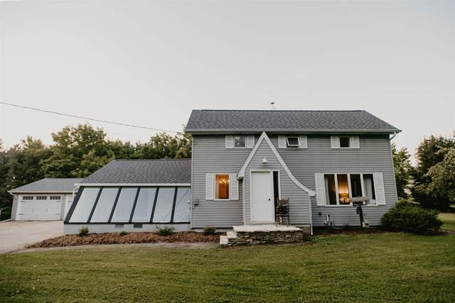 W10298 Hwy S, New London, WI 54961 (#50246306) :: Town & Country Real Estate